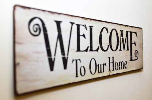 welcome to our home print brown wooden wall decor